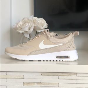 Nike Thea Air Max Tan Running Shoes